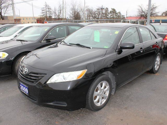used 2009 toyota camry le for 7500 in brampton ontario. Black Bedroom Furniture Sets. Home Design Ideas