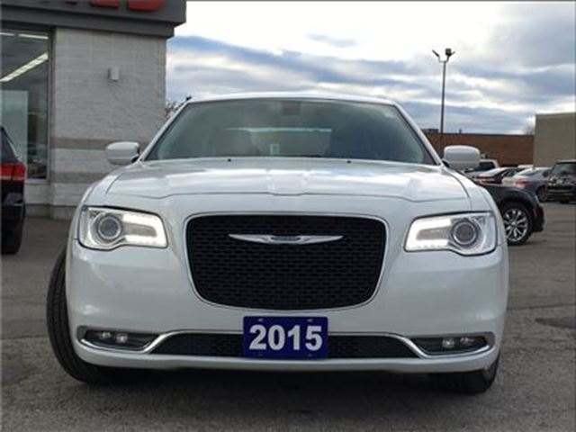 2015 chrysler 300 touring all wheel drive navigation panoramic toronto ontario used car for. Black Bedroom Furniture Sets. Home Design Ideas