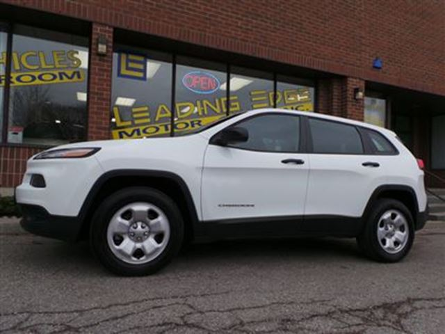 2014 jeep cherokee sport 4x4 no accidents white leading edge motor. Cars Review. Best American Auto & Cars Review
