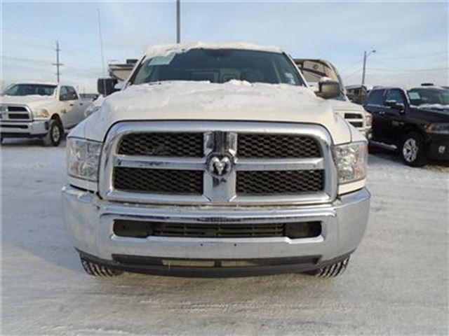 2014 dodge ram 2500 slt hemi 4x4 low km edmonton alberta used car for sale 2373080. Black Bedroom Furniture Sets. Home Design Ideas