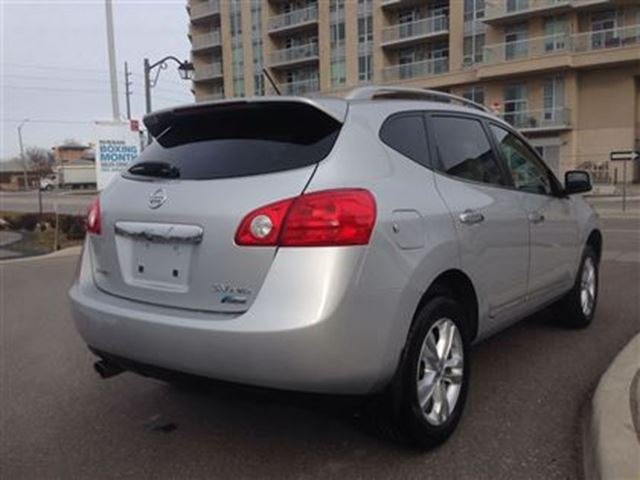 used 2012 nissan rogue sv awd extended warranty until 2018 new tires for 17295 in markham. Black Bedroom Furniture Sets. Home Design Ideas