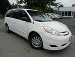 2007 Toyota Sienna LE REVERSE CAM. PWR DOOR NO ACCIDENT in Kitchener, Ontario