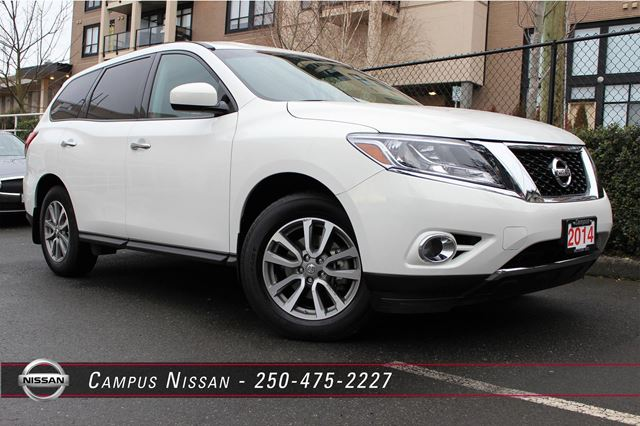 2014 nissan pathfinder s 4x4 victoria british columbia used car for sale 2379153. Black Bedroom Furniture Sets. Home Design Ideas