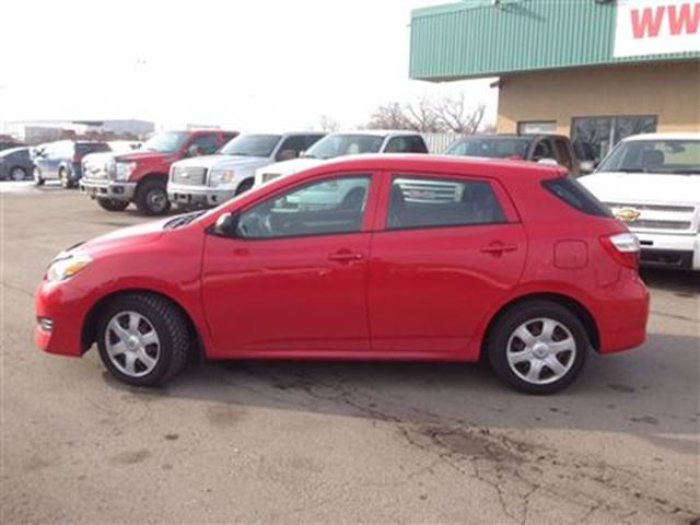 2009 toyota matrix dealer of the year 2015 and 2016 bolton ontario car for sale 2380242. Black Bedroom Furniture Sets. Home Design Ideas