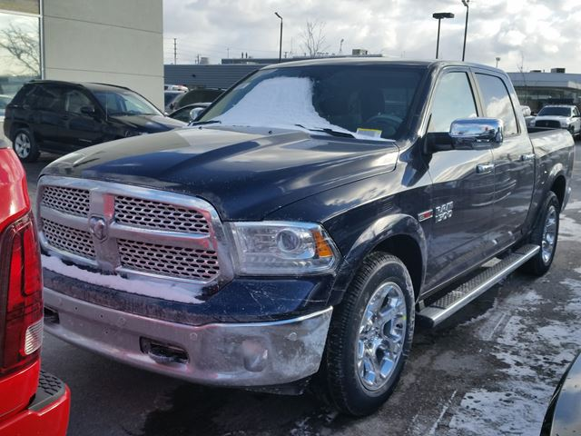 2016 dodge ram 1500 laramie 4x4 eco diesel vaughan ontario car for sale 2381419. Black Bedroom Furniture Sets. Home Design Ideas