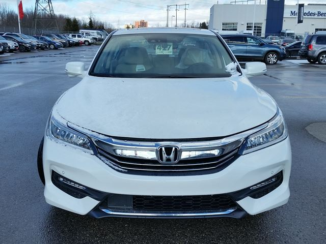 2016 honda accord touring whitby ontario car for sale 2383792. Black Bedroom Furniture Sets. Home Design Ideas