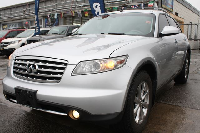 2007 infiniti fx35 toronto ontario used car for sale. Black Bedroom Furniture Sets. Home Design Ideas