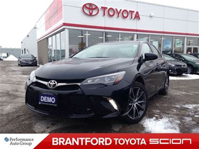 used 2015 toyota camry xse navi leather demo clearance sale for 31828 in brantford ontario. Black Bedroom Furniture Sets. Home Design Ideas