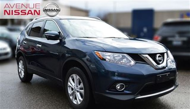 2015 nissan rogue sv awd blue avenue nissan. Black Bedroom Furniture Sets. Home Design Ideas