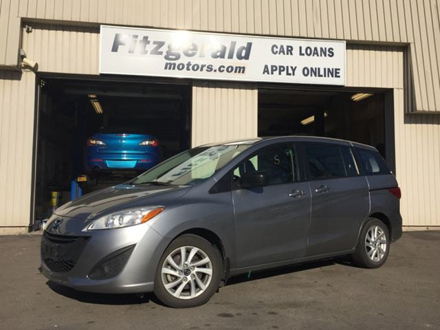 2014 mazda mazda5 gx sits 6 comfortably fuel efficient kitchener ontario used car for sale. Black Bedroom Furniture Sets. Home Design Ideas