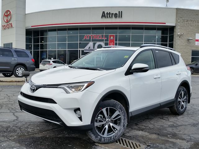 2016 toyota rav4 xle brampton ontario car for sale 2393179. Black Bedroom Furniture Sets. Home Design Ideas