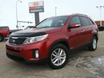 2014 Kia Sorento AWD LX 7 PASSENGER Great Price & Financing Available $163 Bi-weekly ~ Click Here! in Sherwood Park, Alberta