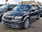 2016 Chrysler Town and Country S in Vaughan, Ontario
