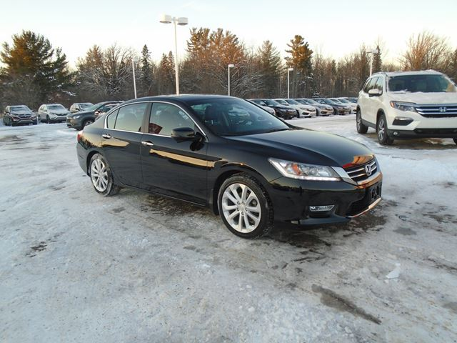 2013 honda accord touring pembroke ontario car for sale 2397506. Black Bedroom Furniture Sets. Home Design Ideas
