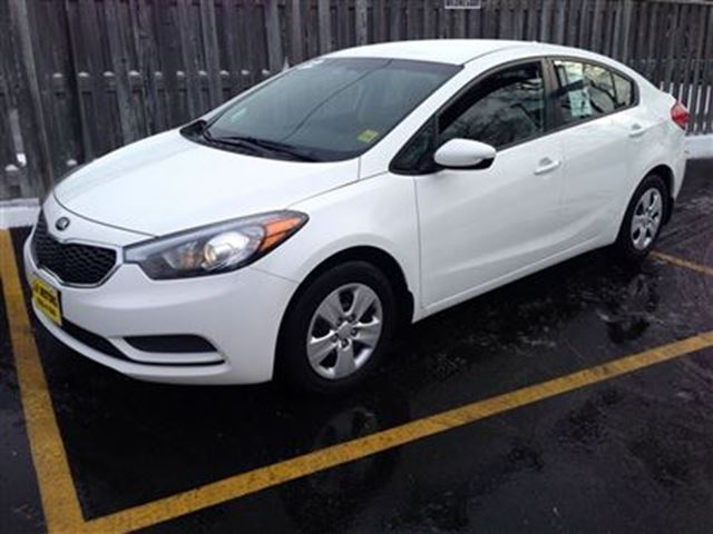 2014 kia forte lx automatic white j p motors. Black Bedroom Furniture Sets. Home Design Ideas
