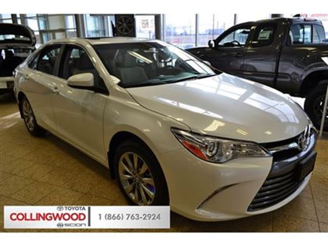 2016 toyota camry xle 4 cylinder 6 speed automatic new white collingwoo. Black Bedroom Furniture Sets. Home Design Ideas