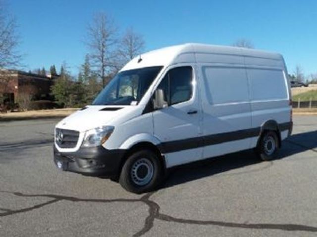 2015 mercedes benz sprinter white lease busters for Mercedes benz sprinter 2015 price