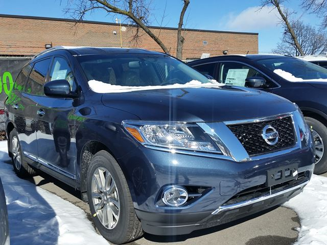2016 nissan pathfinder sl 4x4 dark blue woodchester nissan and infiniti new car. Black Bedroom Furniture Sets. Home Design Ideas