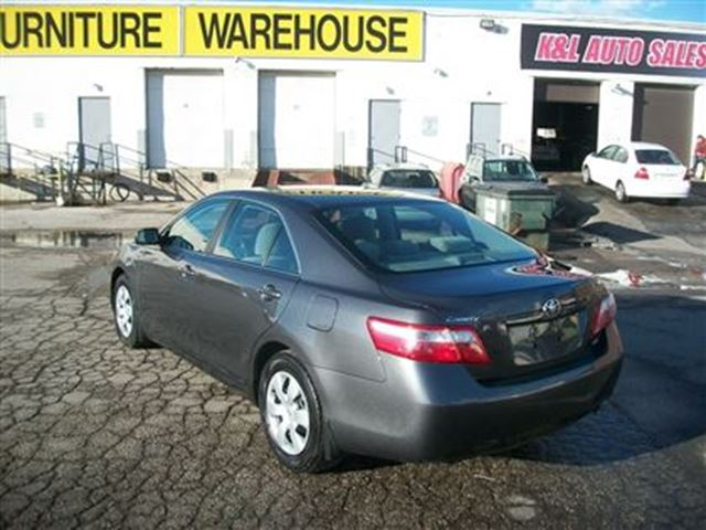 2009 toyota camry le low mileage toronto ontario. Black Bedroom Furniture Sets. Home Design Ideas