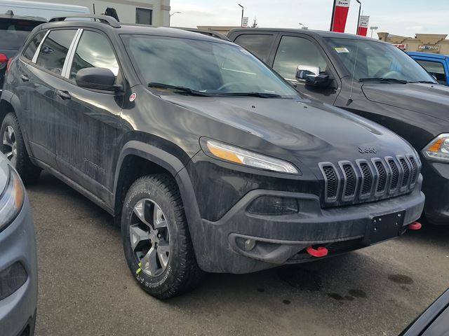 2016 jeep cherokee trailhawk 4x4 vaughan ontario car for sale 2411105. Black Bedroom Furniture Sets. Home Design Ideas