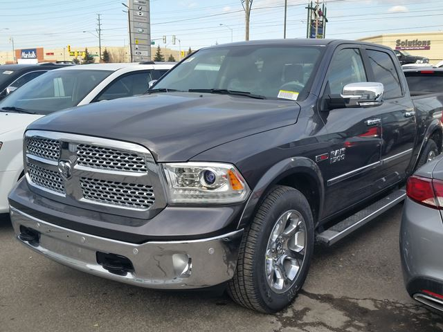 2016 ram 1500 laramie 4x4 eco diesel dark grey vaughan chrysler dodge jeep new car. Black Bedroom Furniture Sets. Home Design Ideas
