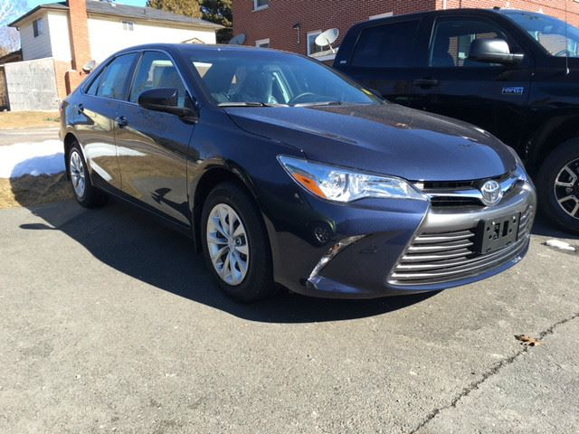Used 2016 Toyota Camry Le Heated Seats Backup Camera In Cobourg Ontario 2076600
