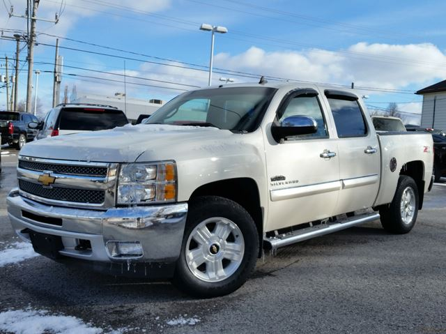 2013 chevrolet silverado 1500 lt 4x4 caledonia ontario used car for sale 2414725. Black Bedroom Furniture Sets. Home Design Ideas