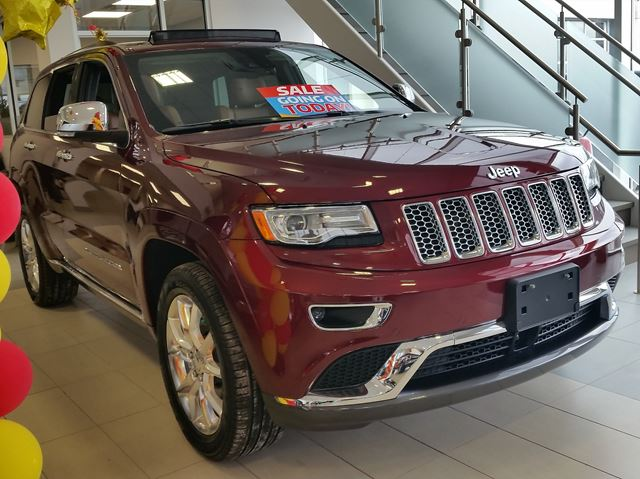 2016 jeep grand cherokee summit 4x4 vaughan ontario car for sale 2416636. Black Bedroom Furniture Sets. Home Design Ideas