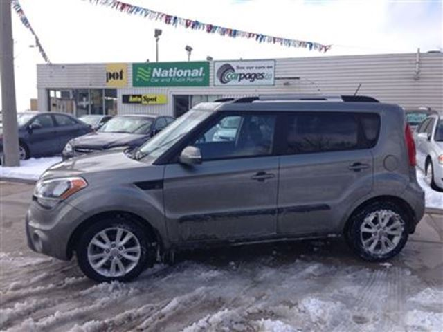 2013 kia soul 2u our vehicle from new we finance. Black Bedroom Furniture Sets. Home Design Ideas
