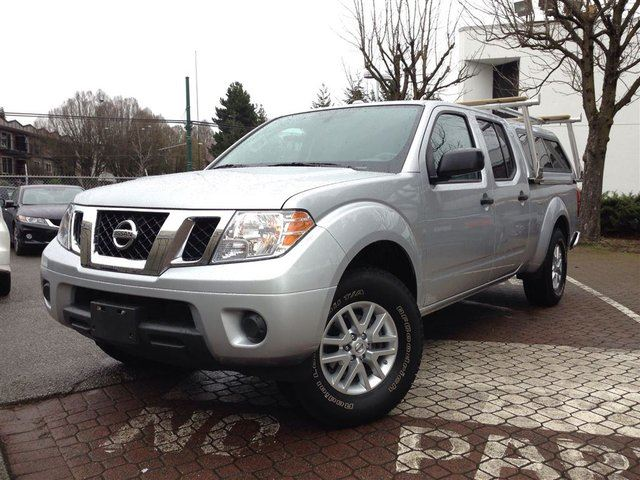 2015 nissan frontier sv 4x4 at silver vancouver honda. Black Bedroom Furniture Sets. Home Design Ideas