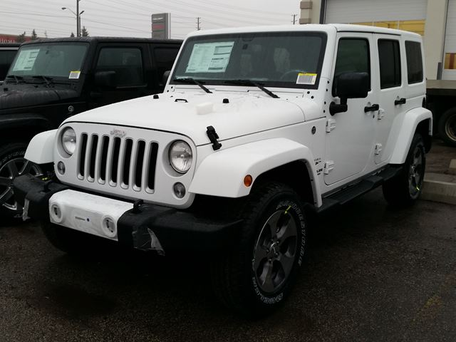 2016 jeep wrangler unlimited sahara 4x4 vaughan ontario car for sale 2422446. Black Bedroom Furniture Sets. Home Design Ideas