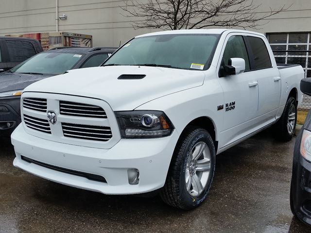 2016 ram 1500 sport 4x4 white vaughan chrysler dodge jeep new car. Black Bedroom Furniture Sets. Home Design Ideas