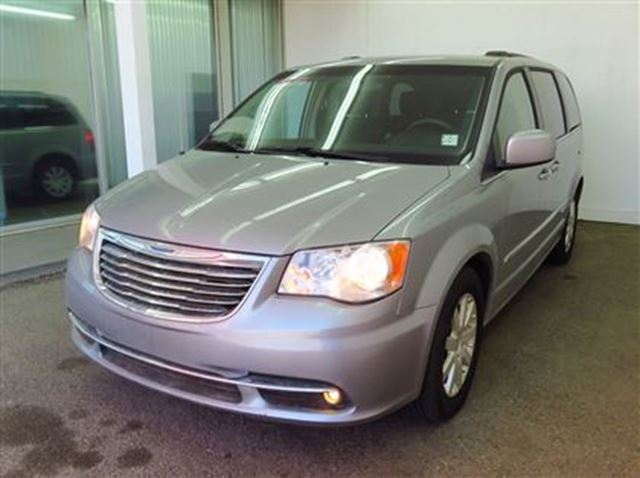 2014 chrysler town and country touring edmonton alberta used car for sale 2432130. Black Bedroom Furniture Sets. Home Design Ideas