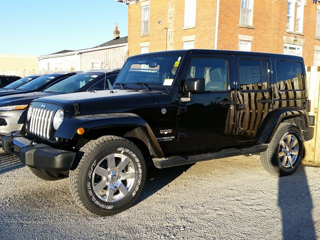 2016 jeep wrangler unlimited sahara milton ontario new car for sale 2432388. Black Bedroom Furniture Sets. Home Design Ideas