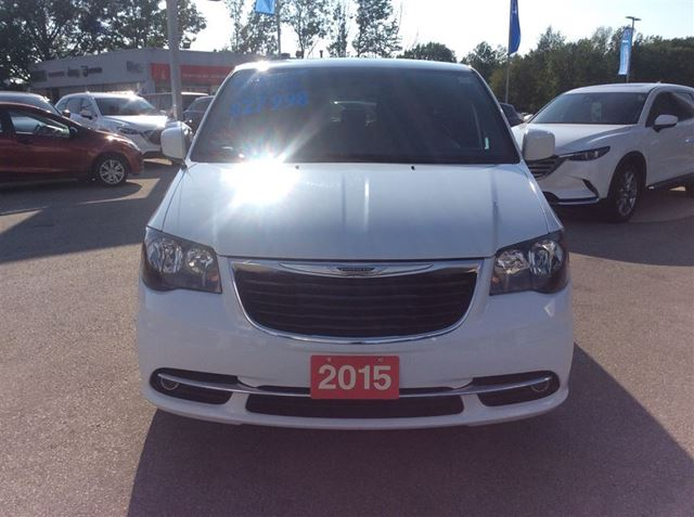 2015 chrysler town and country s model navi leather 7 pass loaded low kms owen sound. Black Bedroom Furniture Sets. Home Design Ideas