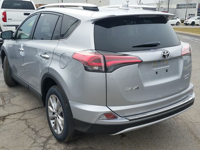 2016 toyota rav4 limited awd brampton ontario car for sale 2435000. Black Bedroom Furniture Sets. Home Design Ideas