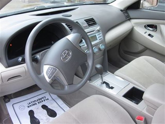 used 2008 toyota camry le one owner in an excellent shape. Black Bedroom Furniture Sets. Home Design Ideas