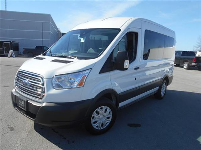 2015 ford transit wagon 150 xlt 10 passagers mascouche. Black Bedroom Furniture Sets. Home Design Ideas