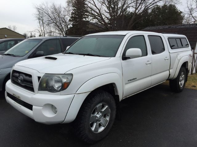 used 2009 toyota tacoma 4wd double lb v6 at natl double. Black Bedroom Furniture Sets. Home Design Ideas