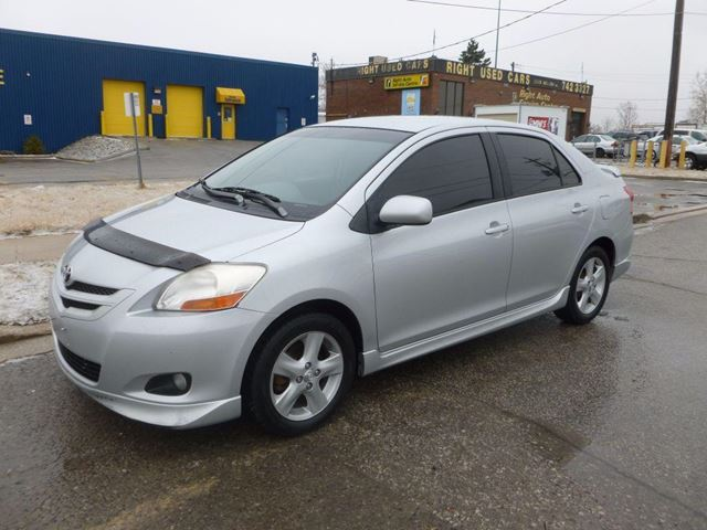 2007 toyota yaris sport toronto ontario used car for sale 2438503. Black Bedroom Furniture Sets. Home Design Ideas