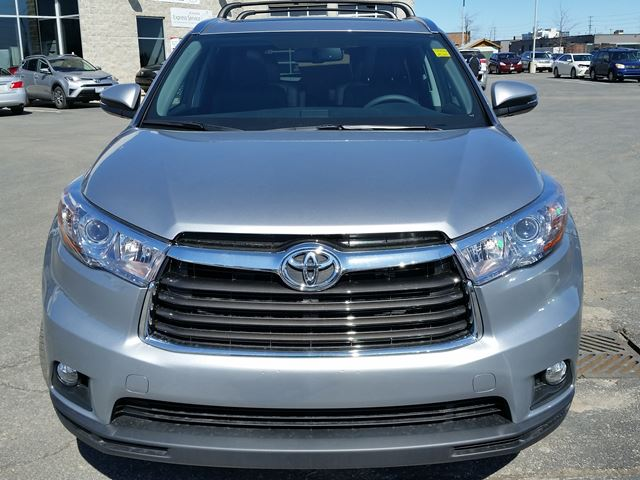 2016 toyota highlander limited awd brampton ontario car for sale 2439539. Black Bedroom Furniture Sets. Home Design Ideas
