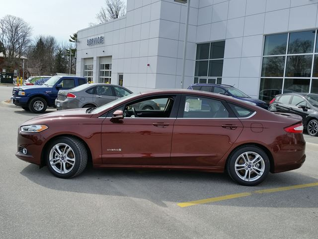 2016 ford fusion se hybrid orillia ontario new car for. Black Bedroom Furniture Sets. Home Design Ideas