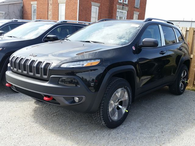 2016 jeep cherokee trailhawk 4x4 milton ontario new car. Black Bedroom Furniture Sets. Home Design Ideas