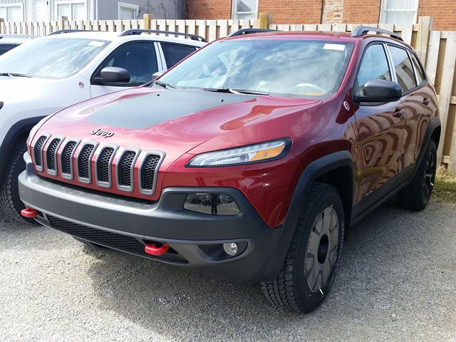 2016 jeep cherokee trailhawk milton ontario new car for sale 2440518. Black Bedroom Furniture Sets. Home Design Ideas