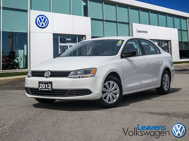 2013 volkswagen jetta trendline white leavens volkswagen. Black Bedroom Furniture Sets. Home Design Ideas