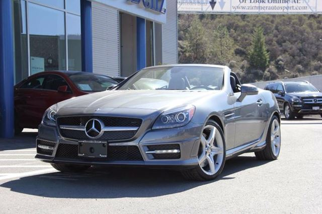 2016 Mercedes-Benz SLK-Class Demo | SLK300 | Premium Package | Sport Package | Leather Upholstery | Parktronic w/ Parking Guidance in Kamloops, British Columbia