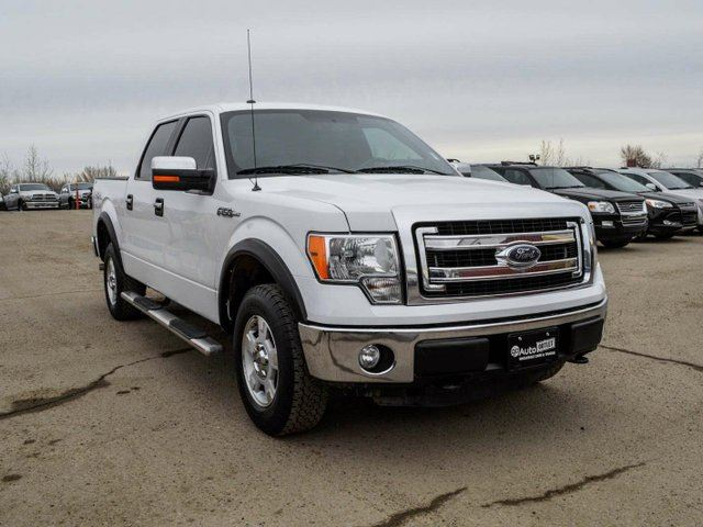 2013 ford f 150 xlt 4x4 supercrew cab 5 5 ft box 145 in wb white go auto outlet. Black Bedroom Furniture Sets. Home Design Ideas