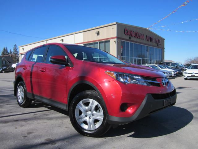2015 toyota rav4 le awd a c bt loaded 35k red canadian auto mall. Black Bedroom Furniture Sets. Home Design Ideas