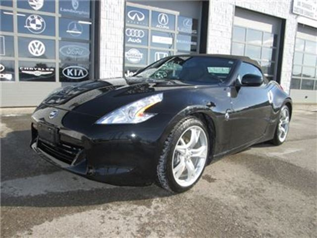 2010 Nissan 370Z $270 Bi weekly TOURING WITH NAVIGATION in Guelph, Ontario