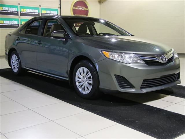 2012 Toyota Camry AUTO A/C GR n++LECT in Saint-Leonard, Quebec